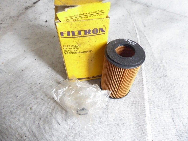 OIL FILTER FILTRON OE 666