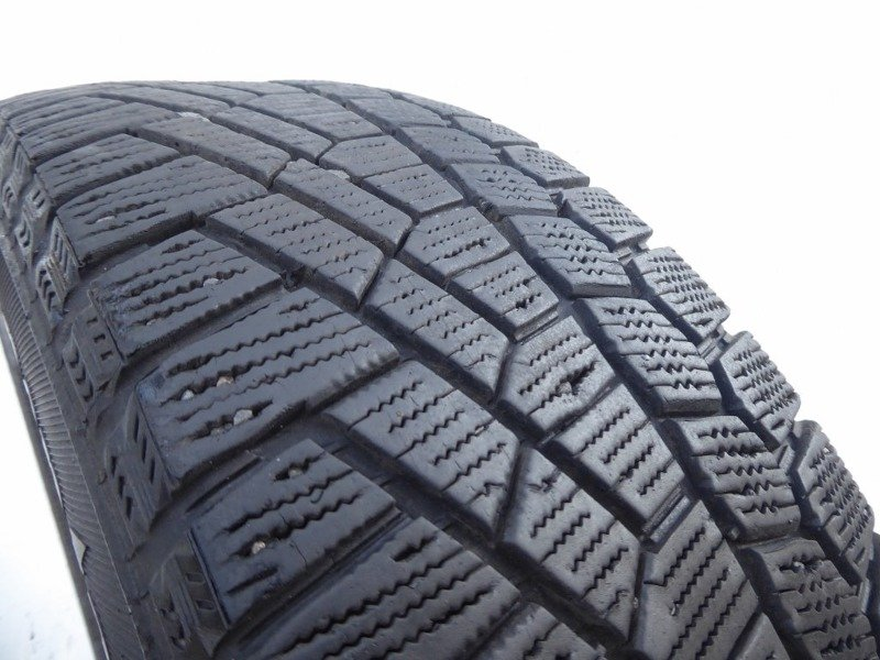 2x 185/60R15 88T CONTINENTAL CONTI VIKING CONTACT 5 2012 5,5mm